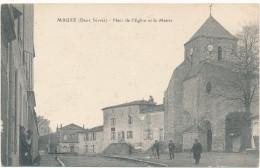 MAUZE - Place De L'Eglise Et La Mairie - Mauze Sur Le Mignon