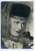 MARTE HARELL - Cinema Actress  ( 2 Scans ) - Actores