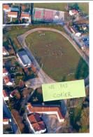 Villiers-en-Lieu - Vue Aérienne Sur Terrain De Football Et Courts De Tennis - Photos