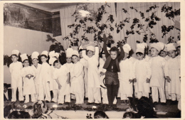 Photo Originale (81) CASTRES Fête De Fin D´ Année Enfants Déguisés En Cuisinier Real Photo Années 50 (2 Scans) - Fotografia