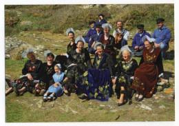 Folklore--Bretagne--Ile De Groix--Cercle Celtique Barde Bleimor (coiffe  ,costume)  Cpm - Personnages