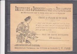 Enveloppe Avec INITIALES Et DESSINS Pour La BRODERIE Procede De Decalque Au Fer Chaud  Lettre O - Vieux Papiers