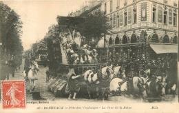 BORDEAUX FETE DES VENDANGES LE CHAR DE LA REINE  EDITION DELBOY - Bordeaux