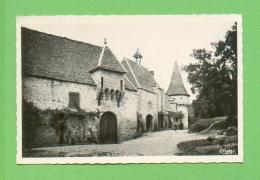 CPA  FRANCE  24  ~  MONTIGNAC-sur-VÉZÈRE  ~  Sans Légende  ( Combier ) - France