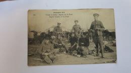 CAMPAGNE 1914 GROUPE DE SOLDATS ANGLAIS SUR LE FRONT  CPA Animee Postacard - Geschiedenis