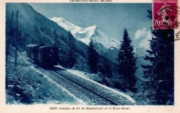 CPA.74.Chamonix.1936.Chemin De Fer Du Montenvers Et Le Mont-Blanc.animé Train. - Chamonix-Mont-Blanc