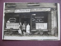 CPA PHOTO 92 COURBEVOIE Devanture De Restaurant RARE & ANIMEE - Courbevoie
