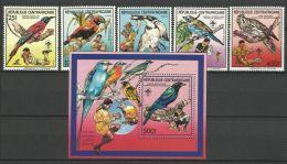 CENTRAL AFRICAN REPUBLIC  1988  SCOUTS,BIRDS  SET  & MS   MNH - Birds