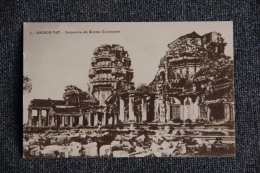 ANGKOR VAT - Perspective Des Entrées Occidentales - Cambodge