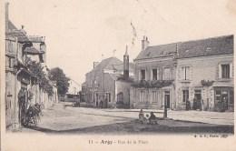 36 ARGY  Coin Du VILLAGE Animé  ENFANTS Devant La POMPE à EAU Place Commerce MERCERIE Timbre - Francia