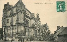 CPA Gisors-La Cathédrale   L2210 - Gisors