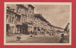 Baccarat  --  Rue Des Cristalleries - Baccarat