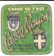 """Etiquette CARRE DE L'EST """"CARRE ROYAL """" R.BOULLEZ à AULNAY-L'AITRE -marne) Variantes: Imp.marque Déposée Et Code Absents - Fromage"""