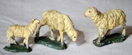 SAN 145 - ANTICO PRESEPIO DI CARTAPESTA - GRUPPO DI 3 PECORE (CONFALONIERI) - Alt. Cm. 5/6 - Nacimientos - Pesebres