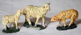 SAN 146 - ANTICO PRESEPIO DI CARTAPESTA - GRUPPO DI 3 PECORE (CONFALONIERI) - Alt. Cm. 5/6 - Nacimientos - Pesebres