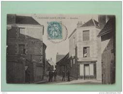 CHAUSSEE SAINT VICTOR , Carrefour - Frankreich