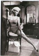 CPM        MARILYN MONROE   1960     DANS LET S MAKE LOVE - Schauspieler