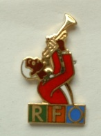 PIN´S TROMPETISTE - RFO - Musique