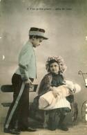 CARTE PATRIOTIQUE FRANÇAISE - GUERRE 14-18 - UNE PETITE PLACE PRÈS DE VOUS - Guerre 1914-18
