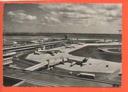 Avion - Aéroport  - AMSTERDAM - SCHIPHOL - 1946-....: Ere Moderne