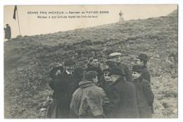 Grand Prix MICHELIN 1911 - Sommet Du Puy De Dôme - Eugène RENAUX à Son Arrivée Reçoit Les Félicitations - France