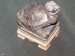 Tortue - 4-02 - Figurne Longueur  8 Cm - Largeur 6 Cm -  Hauteur 12 Cm - Sculptures