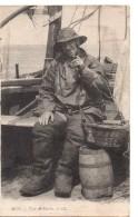 CPA.Métiers.1917.Type De Marin.Marin En Tenue Avec Pipe. - Visvangst