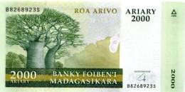 MADAGASCAR 2000 ARIARY ND (2014) P-NL UNC HYBRID SUBSTRATE   [ MG327b ] - Madagascar