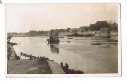 CARTE PHOTO GEORGE (ARLES); Le Pont De Trinquetaille  Bombardé En 44. - Arles