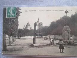PRIVINS . PLACE DU CHATERL A LA VILLE HAUTE - Provins