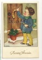 Bonne Année. Petit Garçon Qui Cloue Un Fer à Cheval, Trèfles. Signée Gougeon - Gougeon
