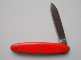 - Couteau. Canif - Petit Couteau - - Couteaux