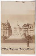 PARIS - MONUMENT LOUIS PASTEUR - PLACE BRETEUIL - CARTE PHOTO - Statues