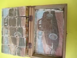 Boite De Cubes Pour Enfants/ 12 Cubes / Dauphine Renault/ChatBotté/Kayak/Chats/Lion/etc//Années 160   JE193 - Toy Memorabilia