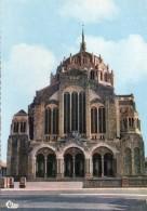 Cholet.. Belle Vue De La Basilique Du Sacré-Coeur - Cholet