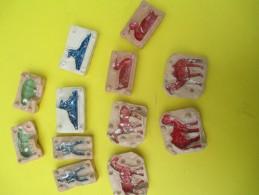 6 Petits Moules Pour Confectionner Des Figurines En Plâtre/Chameau-canard-cheval-Chien-Cochon/etc/années 50- 60 JE196 - Jouets Anciens