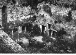 Douces.. Doué-la-Fontaine Les Caves - France