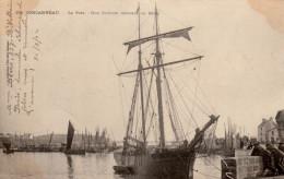 """Dispersion De Ma Collection De """"précurseurs"""" Voyagées, Timbrées  - CONCARNEAU- Goëlette Entrant Dans Le Bassin - 2 Scans - Concarneau"""