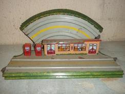Lot Element Ancien Circuit En Tôle GEM Collection - Jouets Anciens