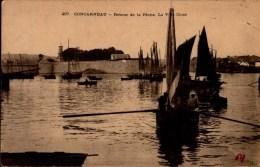 29-CONCARNEAU..RETOUR DE LA PECHE.....CPA - Concarneau