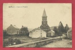 Givroulle - L'Eglise Et Le Presbytère - 1927 ( Voir Verso, Surtaxe Sur Les Timbres ) - Bertogne