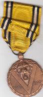 1940 1945 Original Originele Medal Médaille Commemorative Herinneringsmedaille  Met Agenda - Belgique