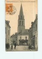 VERNANTES : Entrée De La Rue De Jalesnes, Tabac . 2 Scans. Edition Bergeau - France