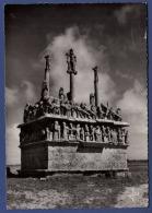 29 SAINT-JEAN-TROLIMON Le Calvaire De Tronoën 1470, Le Plus Ancien Et L'un Des Plus Curieux Des Grands Calvaires Bretons - Saint-Jean-Trolimon