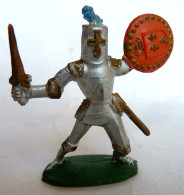 Figurine CYRNOS MOYEN AGE MA08 B CHEVALIER BRANDISSANT EPEE ECU 3 LYS ROUGE ET OR 50's Pas Starlux Clairet - Starlux