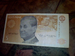 Billet De Banque D Estonie De 5 Couronnes Annee 1991 Ayant Circulé Mais Reste En Tbe - Estonia
