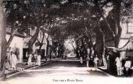 Une Rue A Porto Novo (Benin, Afrika), Strassenansicht, Nicht Gelaufen - Benin