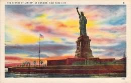 USA - New-York - The Statue Of Liberty At Sunrise - Statue De La Liberté