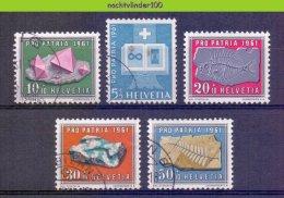 Mwe2318 MINERALEN FOSSIEL FOSSILE GEMSTONES MINERALIEN UND GESTEINE MINÉRAUX PRO PATRIA HELVETIA 1961 Gebr/used - Mineralen