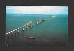PONTS - BRIDGES - SUNSHINE SKYWAY 15 MILE BRIDGE ACROSS TAMPA BAY FLORIDA - PHOTO BY TED LAGERBERG - Ponts